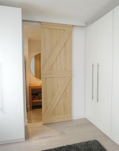 Puerta corredera baño, barn door, Paula Duarte Interiores